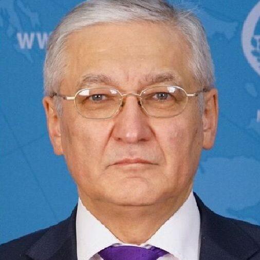 Латыпов Н.М.